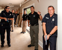 Cruz trains officers.